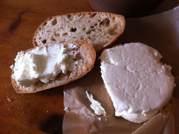 HOMEGROWN-life-fresh-goat-cheese