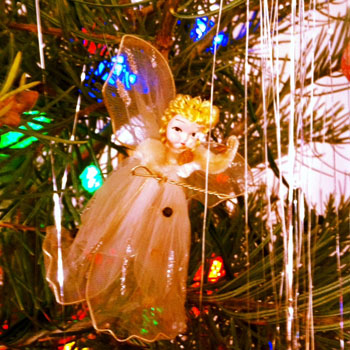 HOMEGROWN-life-christmas-spirit-angel