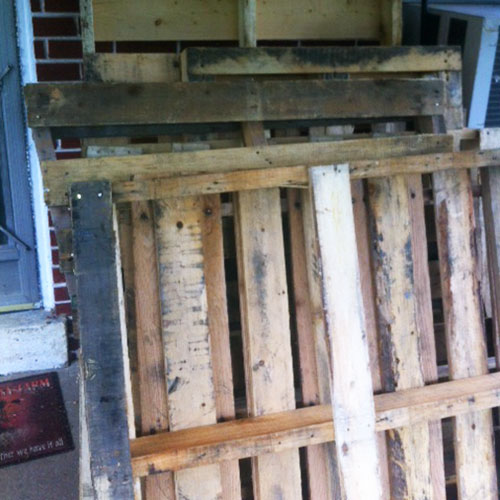 HOMEGROWN-life-home-apothecary-pallets